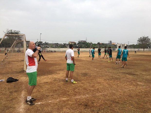 تمرین پیش از بازی امیدها مقابل عربستان در زمین خاکی