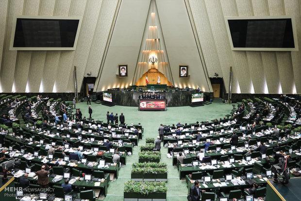 153 نماینده مجلس خواهان حمایت جدی دولت از کامیون داران شدند