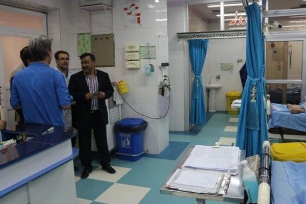 معاون وزیر بهداشت از مراکز درمانی یزد بازدید کرد
