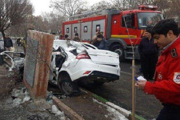 حادثه شدید رانندگی در تبریز، مرد جوان مصدوم شد
