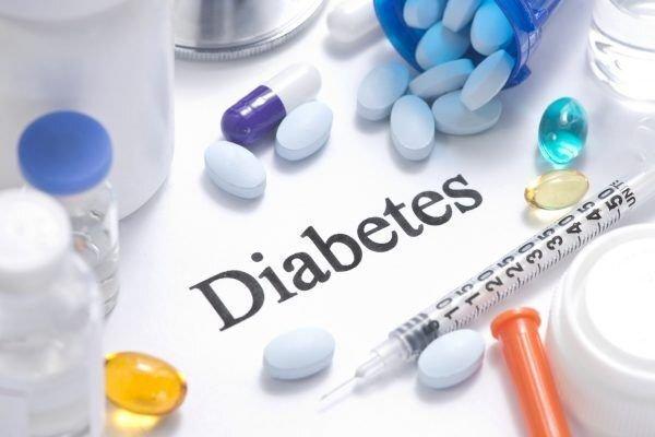 انتقاد انجمن دیابت از روند تایید داروی بیماران ، دفترچه دیابتی ها نشان دار گردد