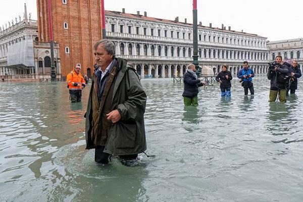 آب بالا آمد؛ همه ونیز ونیزی شد