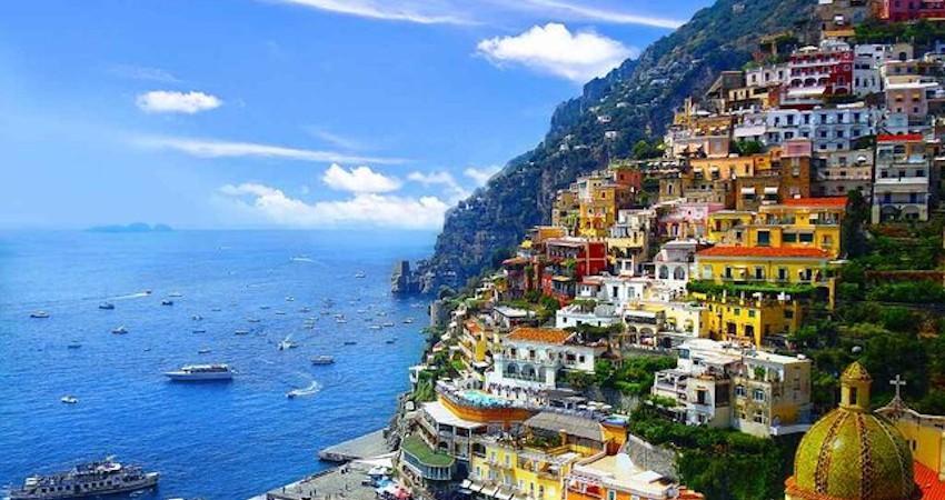 تکذیب ممنوعیت ورود گردشگران به ایتالیا تا انتها سال
