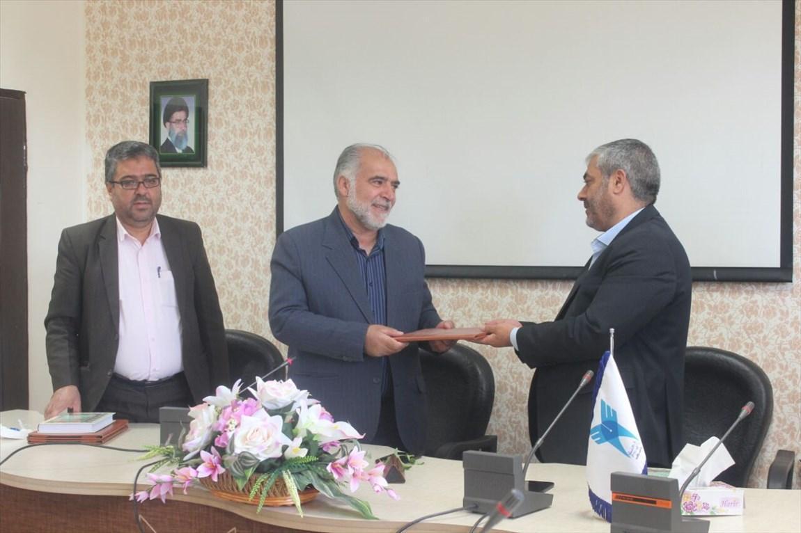 رئیس دانشگاه آزاد اسلامی واحد بافت معرفی گردید