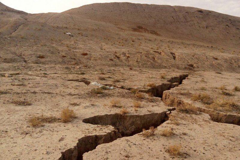 خبرنگاران توسعه بهره برداری از منابع آب زیرزمینی 27 دشت اصفهان ممنوع است