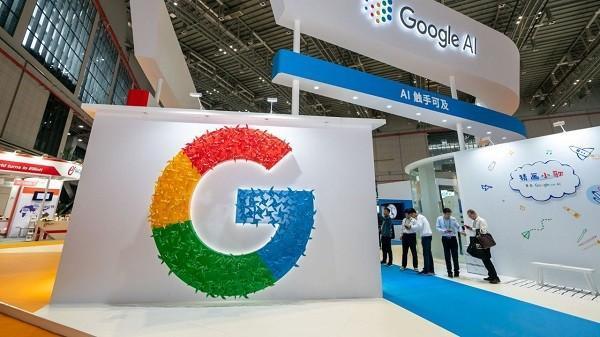 کاهش درآمد شرکت مادر گوگل برای نخستین بار