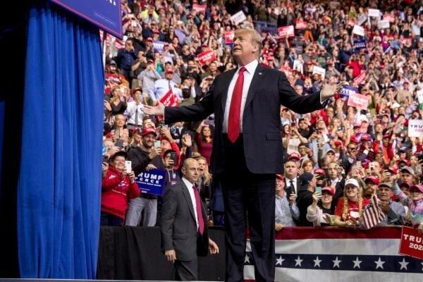 ترامپ: دور اول ریاست جمهوری ام حساب نیست ، برای جبران باید 8 سال دیگر بمانم!